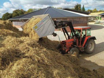 Growi Grossraumkuli für Traktoren Schäffer hydraulisch