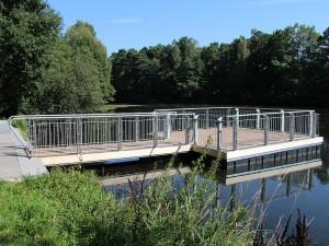 Schwimmpodest Südstadt-Teich BI-Sennestadt